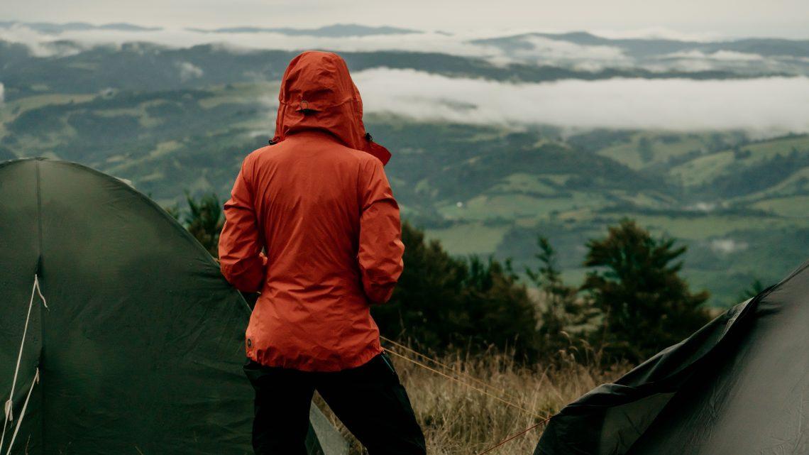 Comment choisir une veste de trekking pour l'hiver ?