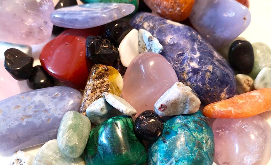 Bien-être et santé : soigner les maux avec les pierres
